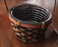 small-basket-w-plastic-insert