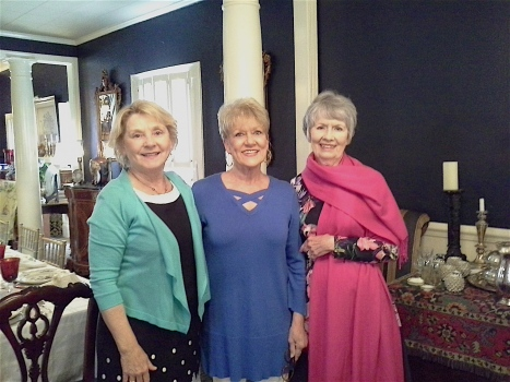 Current President Annelle West, In-coming President Ann Taylor, & Past President Mary Lee 2018